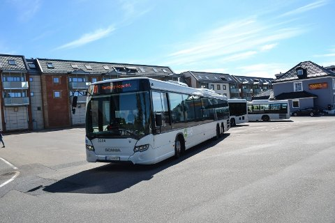 TRAFIKKPLAN: Hvert år reiser 1,4 millioner passasjerer med buss i Sandefjord. En ny og omfattende trafikkplan skal i årene som kommer øke forbedre tilbudet, med mål om enda flere reisende.