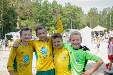 Kameratene Jo Sletsjøe, Per Reinert Bredvei, Ola Bredvei og Linus Dahl Andersen fortalte at det aller morsomste med fotball er å vinne som et lag.