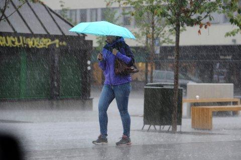 VÅTT: Det kan bli svært vått i Sandefjord deler av denne helgen.