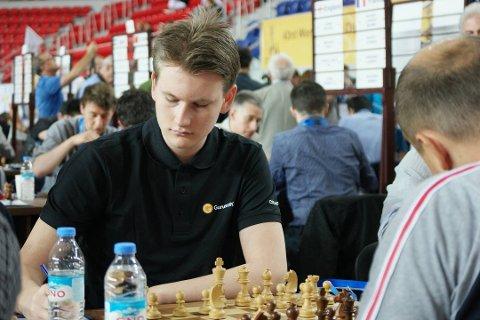 Johan-Sebastian Christiansen har et godt utgangspunkt for andre dag av VM i lynsjakk.