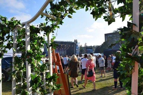 HOLD AV HELGA: Arrangørene er allerede i gang med å planlegge Fjordfesten 2020, og datoen for den 13. utgaven er satt.