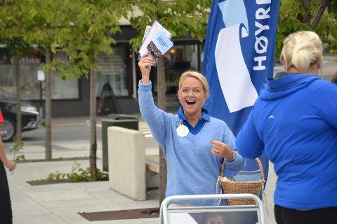 MER JUBEL: Tine Kleive-Mathisen jublet allerede under valgkampen for Høyre på Torvet. Nå jubler hun for å rykket opp til fast plass i kommunestyret.