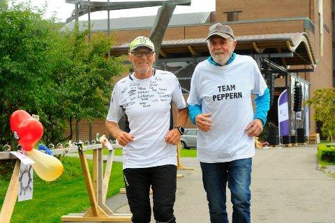 I GANG: Frank Ståle Kittilsen (t.v.) hedrer broren Per Kittilsen med «Team Peppern» i Stafett for livet.