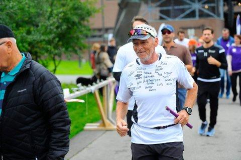STORT BELØP: Innsamlingsaksjonen til Frank Ståle Kittilsen har så langt fått inn nærmere 80.000 kroner til Kreftforeningen.