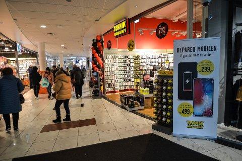 Teknikmagasinet i Hvaltorvet fortsetter driften, tross konkursen i Sverige.