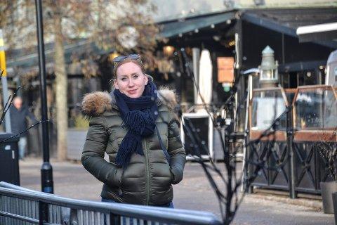 PRØVEORDNING: Ida Cathrine Nilsen (Sp) håper hun får med seg flertallet i kommunestyret på skjenketid til klokka 02. 30 på sommerstid som en prøveordning. – Det er ikke tvil om at sommeren er Sandefjords storhetstid, sier hun.