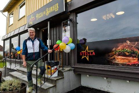 ÅPNET: Lørdag var det «Grand Opening» av Stella Pizza & Burger Bar på Lasken. Daglig leder Kenneth Wänerskär er optimist, og lover ordentlige burgere på menyen.