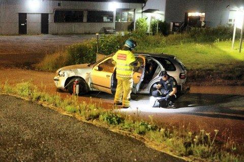 VRAK: Bilen fikk store ødeleggelser i utforkjøringen, men 38-åringen kom fra uhellet uten skader.