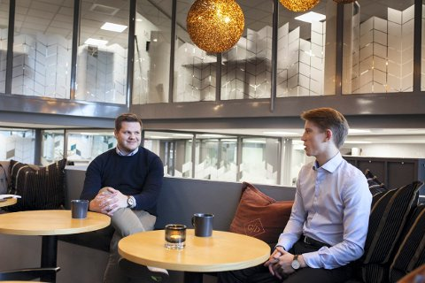 UNGE LEDERE: Anders Homleid (t.v.) og Åmund Sørensen har hatt lederansvar i drig siden april og august i år. Foto: Silje Elida Sundhordvik, dhub