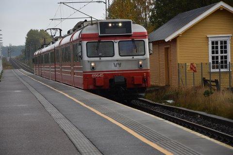 Målet om to tog i timen krever dobbeltspor mellom Stokke og Sandefjord.