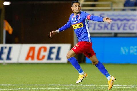 FERDIG: Deyver Vega spilte 14 kamper og scoret ett mål i 2020-sesongen. Nå fortsetter han karrieren i rumensk fotball.