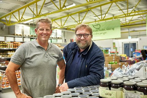 GRÛNDEERE: Trond J. Laeng (t.v.) og Thor Johansen etablerte billigkjeden Holdbart i 2015.