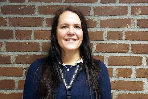 BROBYGGER: Linda Linnestad er en brobygger mellom kommunen og frivilligheten. Hun er opptatt av at det skal være enkelt for den som ønsker å være frivillig å komme med ideer til hvordan han eller hun kan bidra, og tror at alle har ressurser som kan være til nytte for andre.