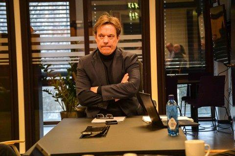 RÅDMANN: Bjørn Gudbjørgsrud vil dempe presset på legevakta og skjerme slitne helsearbeidere. Nå sender han og krisestaben ut SMStil innbyggerne om hvordan de skal forholde seg til korona-henvendelser.