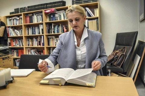 OPPSIGELSESPROSESS: «En samlet vurdering av omstendighetene» oppgis i brevet fra rådmannen som begrunnelse for at Miriam Schei er innkalt til drøftingsmøte vedrørende arbeidsforholdet i kommunen.