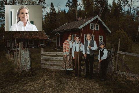 TOK AV: En annerledes boligannonse tok av på sosiale medier. Megler Hanna Sundby (innfelt) var storfornøyd med innsatsen til statistene Pia Hansen Rolstad, Espen Rolstad, samt barna Sverre, og Ola Hansen Rolstad. Alle er i familie med selgeren av småbruket.