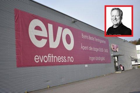 BANNER: Det er ikke lov å reklamere med at du er best om du ikke kan bevise det. Nå lover Morten Hellvang i Evo å fjerne banneret. Igjen.
