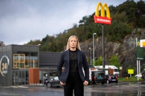 McDonald's-restauranten i Laguneparken har vært arbeidsplassen til Julie Follesø i halvannet år. Men aldri mer, fremhever hun.