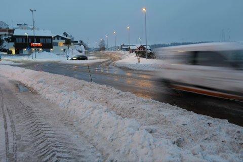 Fredag morgen i krysset mellom Vesterøyveien og Framnesveien.