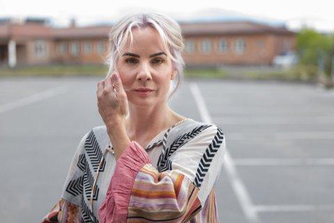 TØFF BRANSJE: Ina Wroldsen forteller om et tøft møte med musikkbransjen i Nettavisens podkast.