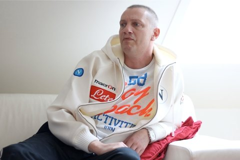 TAR KAMPEN: Magesmertene viste seg å være noe langt mer alvorlig enn hemoroider. Arne Grimstad Helleberg var i fjor én av 26.000 nordmenn som ble rammet med kreft. Til tross for den alvorlige diagnosen, er kampviljen definitivt til stede.