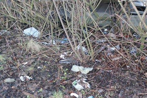 SØPPEL: Det er ikke et pent syn med søppel som flyter.