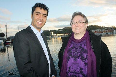 MARKERING: Hamidulla Amiri (leder) og Joan Peel Hansen (nestleder) i Sandnes innvandrerråd inviterer alle til å delta i markeringen av FN-dagen.