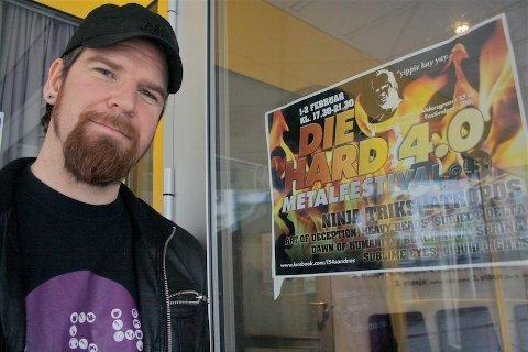 BEINKLAR: Arvid Tjelta er klar for metallhelg på L54 når festivalen «Die hard 4.0» starter fredag.