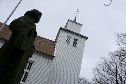 SEREMONIKYRKJE: Austrått bydel treng ny kyrkje, og arbeidet med dette er i gang. Høyland kirke kan bli ei seremonikyrkje.