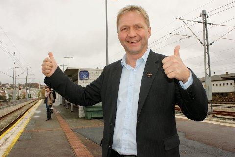 TOMMEL OPP: Varaordfører Pål Morten Borgli har engasjert seg for å få endret navnet på Sandnes Holdeplass.