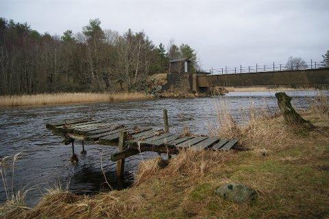 IDYLL: Idylliske Hølen ved Figgjoelva byr på gode bade– og fiskemuligheter.