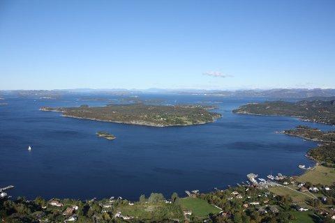 SENTRALT: Usken ligger der Gandsfjorden og Høgsfjorden møtes.