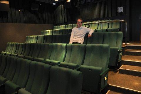 FRAMTIDA: Kulturhussjef Anders Netland ha store draumar for KinoKino. Men han vil bli kvitt den vesle kinosalen på KinoKino. Her vil han ha lager og kjøkken, og heller opna opp foajeen i 2. etasje. Dette skal han ta opp med styret for Sandnes kunst- og kulturhus.
