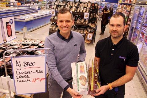 OPTIMISTISK: Fredrik Holst, daglig leder ved Arne Johannesen ser lyst på framtiden etter at bakeriet har fått på plass en avtale med Rema 1000-butikker i Sandnes. Kjøpmann Jone Tungland ved Rema 1000 Skaarlia er glad for å ha det lokale innslaget i brødhyllene.