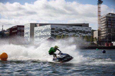 VÅGEN: Aquabike var en av konkurransene som ble arrangert under NM-veka i Sandnes.