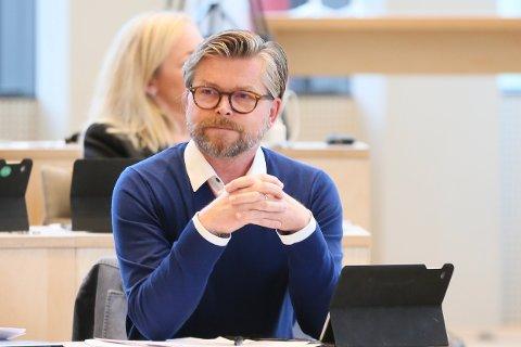 Thor Magne Seland avbildet i bystyresalen som gruppeleder for Høyre den 16. september, 2019.