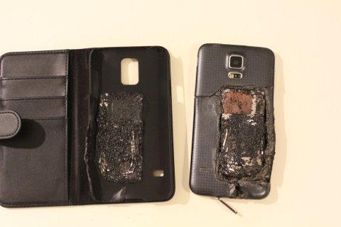 Det var en Samsung Galaxy S5 som eksploderte under lading.