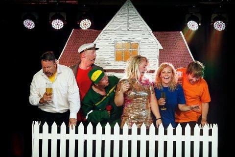 Sommerrevyen sjekker ut muligheten for å bli værende i Sandnes. Her er gjengen avbildet i 2018.