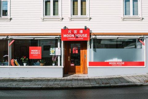 Den kinesiske restauranten Moon House holder til i Storgata 68 i Sandnes.