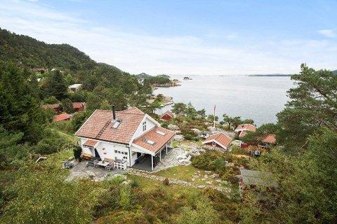 REKORD: Denne hytta på Sletten i Riska ble i juni solgt for åtte millioner kroner etter to budgivere og mange på visning. Det er så langt i år prisrekord for fritidsboliger i Sandnes.