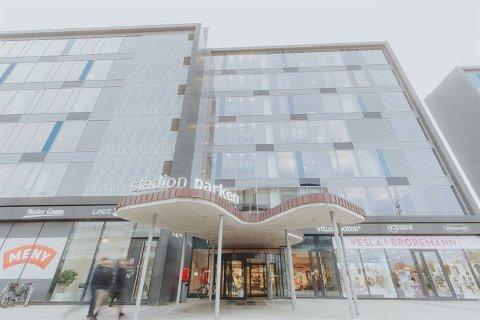 NY BUTIKK: Helgø Meny bygger ny butikk i Stadionparken. Butikken åpner våren 2021.