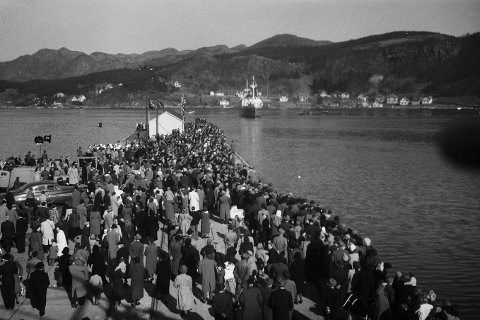 MS Sandnes ankommer Sandnes i 1950.