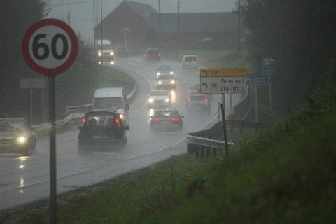 Farlige situasjoner: Undersøkelsen viser at bilistene er verstingene ifølge fotgjengerne og syklistene.