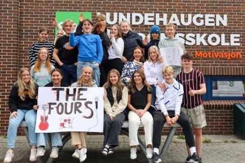 Klasse 10 E på Lundehaugen ungdomsskole tror The FourS kan vinne finalen i MGP Junior på lørdag.