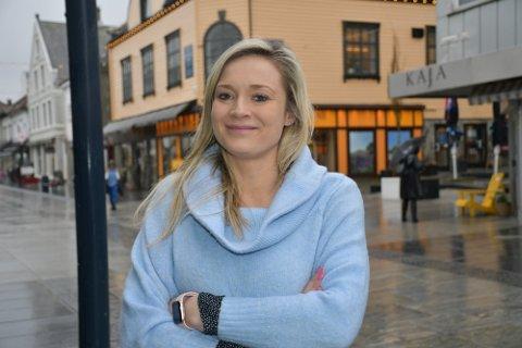 STØRRE MANGFOLD: Ifølge daglig leder Edle Kathrine Strømland Torkelsen i Sandnes sentrum får man nå mange henvendelser fra kunder og næringsaktører som er frustrert over at det er få spisesteder i Langgata som har tidlige åpningstider.