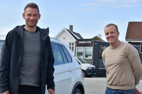 Andreas Skretting (36) og Stian Håland (37) er Ganddals nye bruktbilforhandlere.
