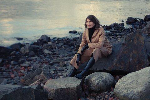 Kari Bremnes gleder seg veldig til å besøke Sandnes kulturhus.