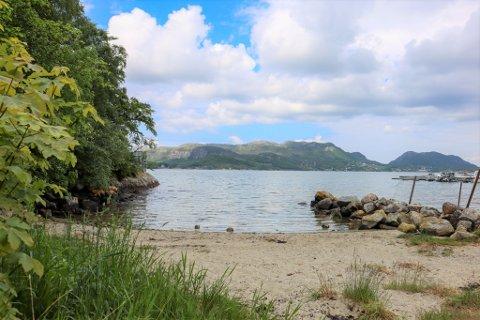 Selesvik på Høle. En liten bortgjemt strand. Sandnes har mange kjente og noen mindre kjente badeperler.