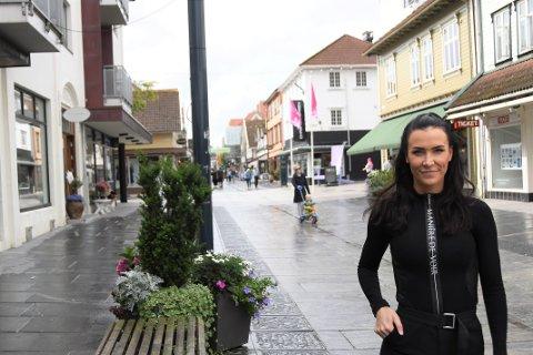 Katarina Solbakk Hammer (29) sier at planen er å være klare i god tid før jul.