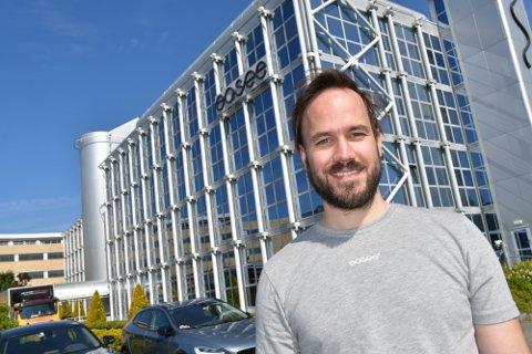 Markedsdirektør Martin Langeland har bakgrunn fra ledergruppen til Tesla i Europa, og ser store muligheter for Easee-ekspansjon på kontinentet. Nå søker bedriften flere nye ansatte.